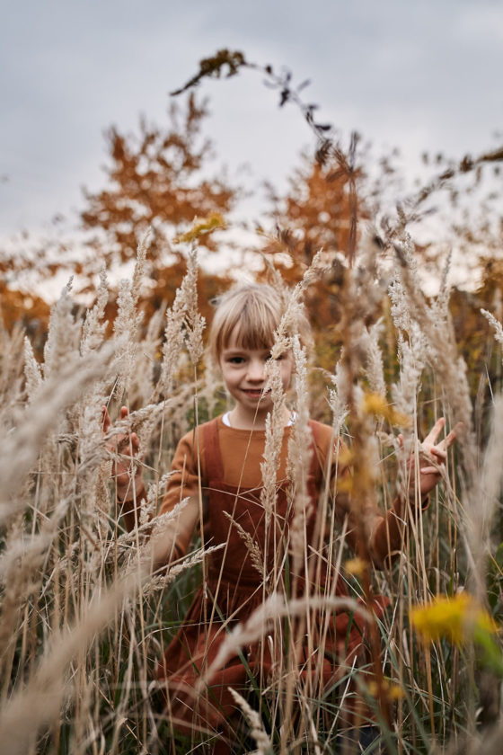 sesja plenerowa warszawa rodzinna na lace fotograf