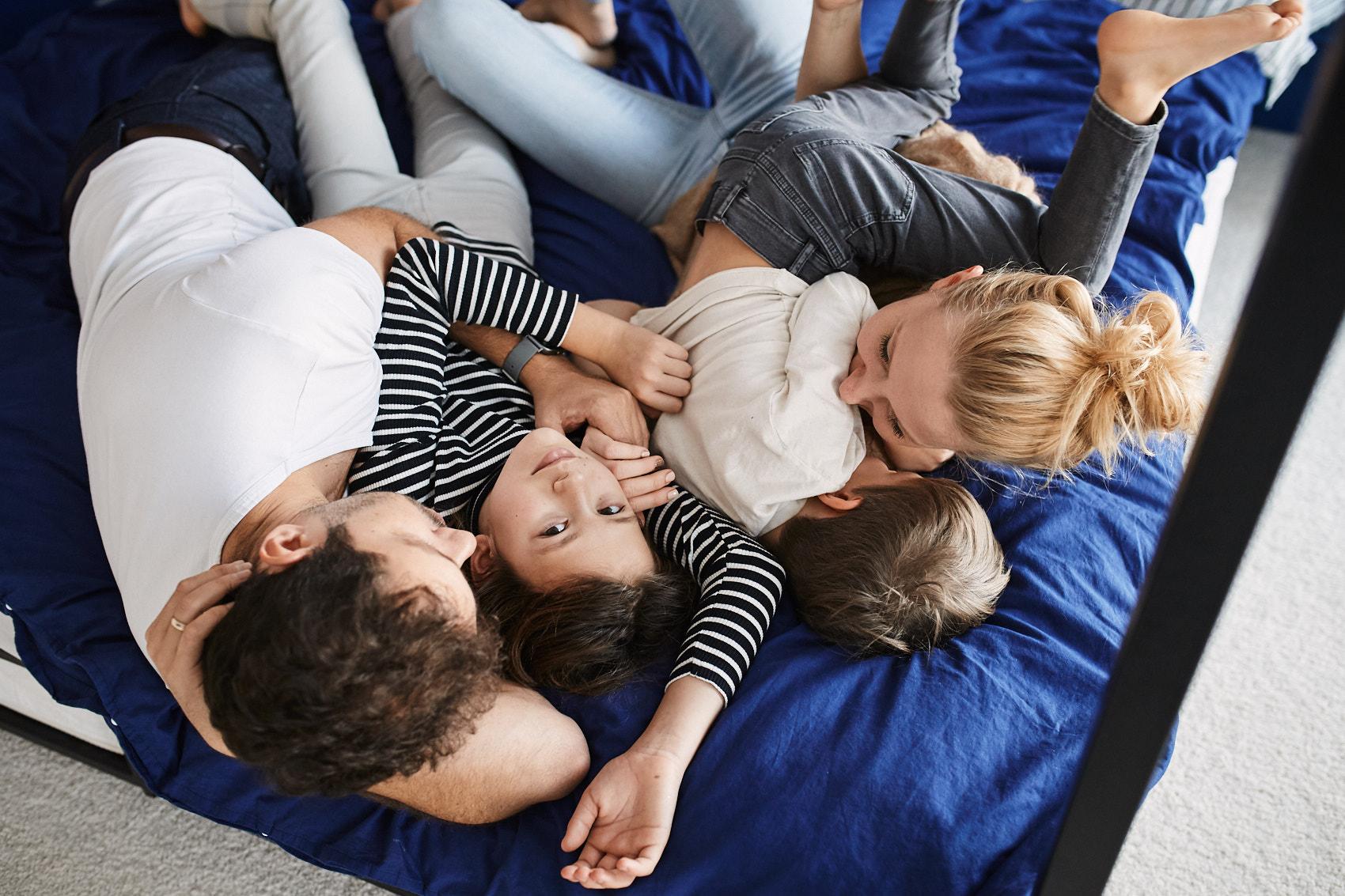 rodzinna sesja lifestyle warszawa w domu
